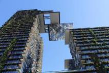 Central Park green building Ultimo